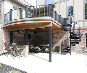 Composite Deck Builder in St. Louis, MO.